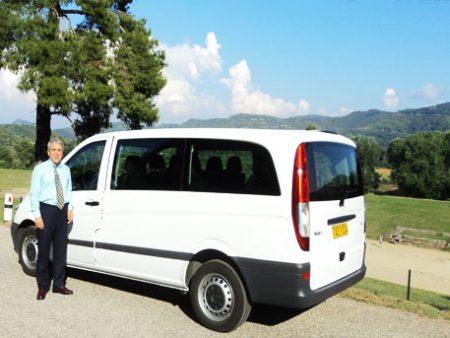 Mamousis Tours Van